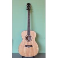 Акустическая гитара Parkwood S 62